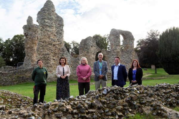 Tourism Minister takes a guided tour of the abbey